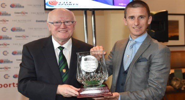 Tony O'Connell, Chairman of CCS Presents the 2016 Athlete Of The Year Award to Robert Heffernan